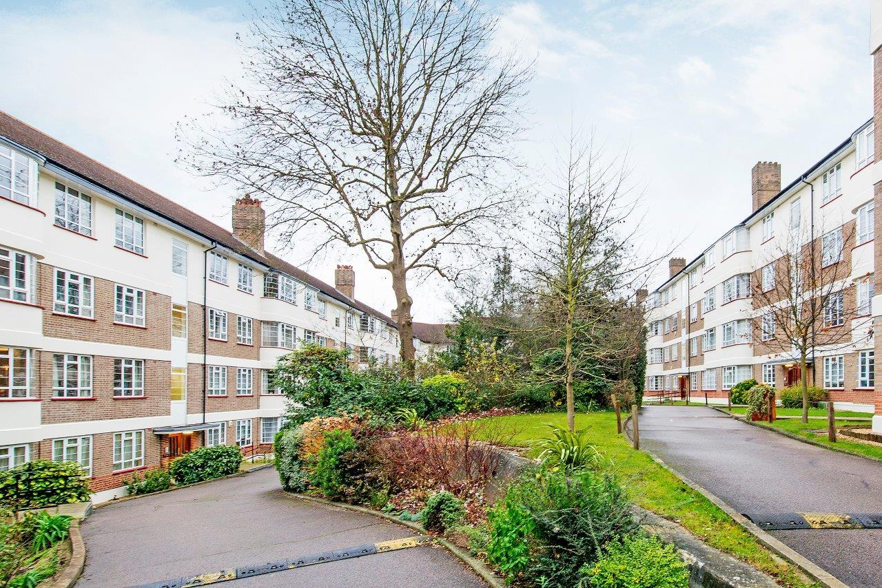Edge Hill Court, Edge Hill, Wimbledon